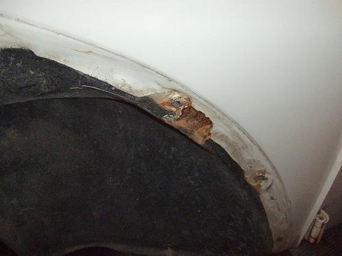 VW Beetle rear cross member rust